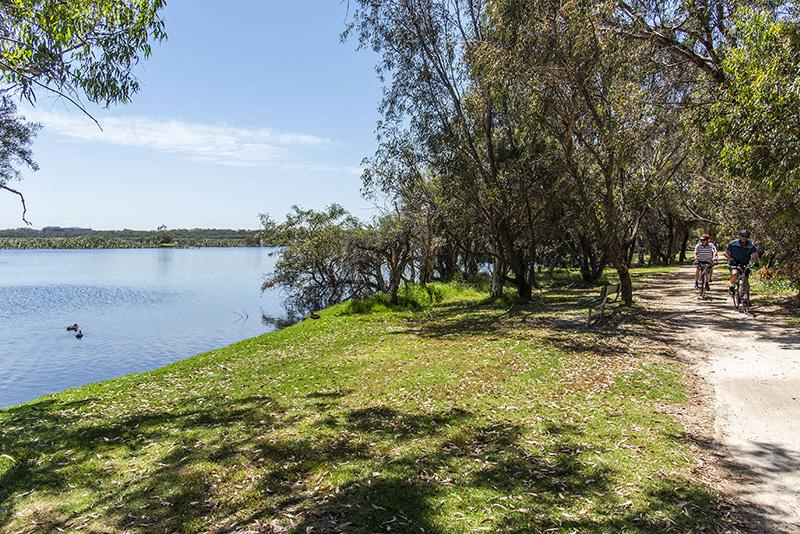 4-2 Waterway Ct Churchlands (20)